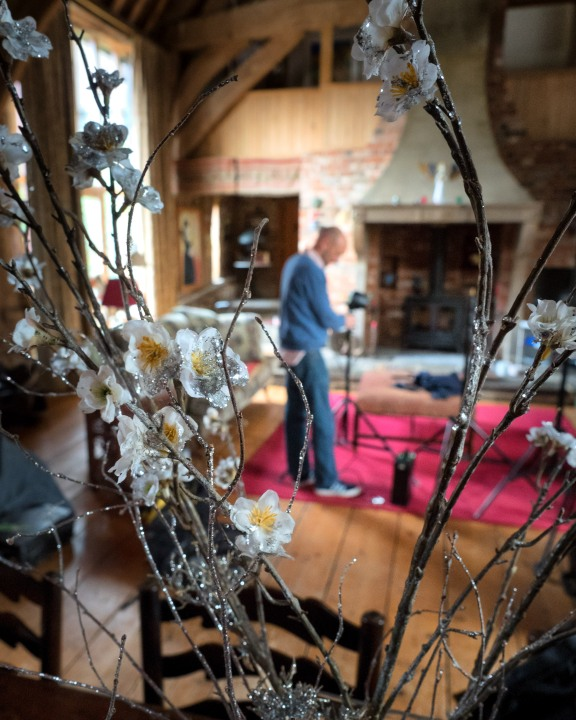 Cristian setting up in Kim Wilde's beautiful house